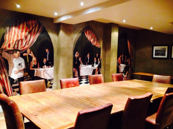 Hotel du Vin Cambridge: Meeting room with funky mural!