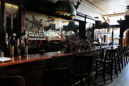 The Historic Occidental Hotel & Saloon and The Virginian Restaurant: The bar