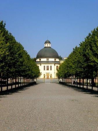 Drottningholm Palace: So pretty!