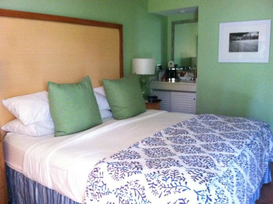 The Naples Beach Hotel & Golf Club: bedroom Patio room 56