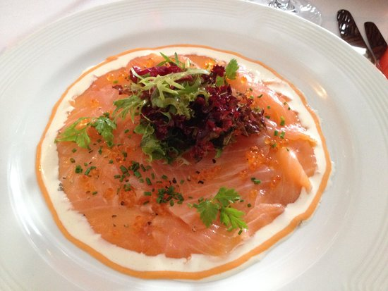 Brasserie Degas: Raw Marinated Salmon in olive oil and fennel