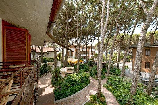 Park Hotel Pineta - Family Relax Resort: il contesto naturale. edifici a basso ambientale Vi regalano riposo e tranquilittà