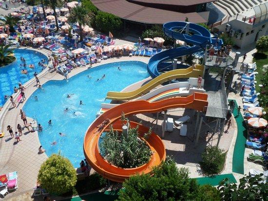 Green Nature Resort & Spa : slides
