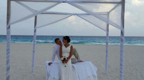 Iberostar Cancun: our beautiful wedding set up on the beach