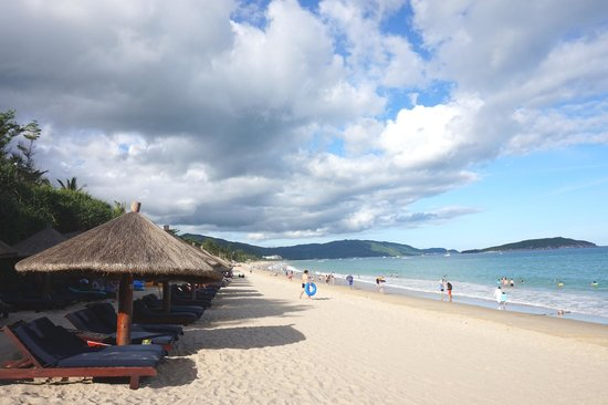 Sheraton Sanya Yalong Bay Resort : Beach