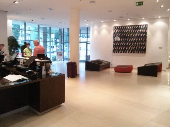 Vienna House Andel's Cracow: lobby