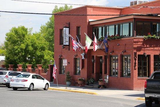 Chamberlin Inn: Facade