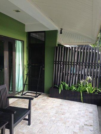 Mercure Koh Chang Hideaway Hotel: Room balcony - very spacious