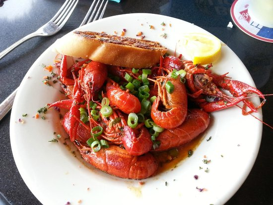 Hurricane Charley's Raw Bar And Grill : Crawdads