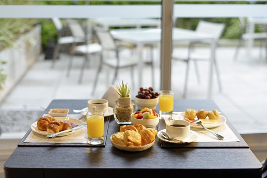 Mercure Montevideo Punta Carretas: Desayuno