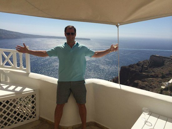 Art Maisons Luxury Santorini Hotels Aspaki & Oia Castle: Bryan was thrilled I surprised him with this incredible room!