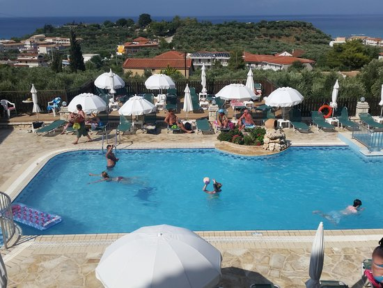 Ariadne Hotel Apartments: pool