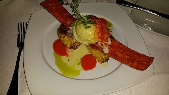 Pier House : panko crusted jumbo lump crabmeat