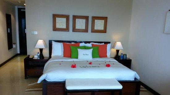 DoubleTree by Hilton Seychelles Allamanda Resort & Spa: chambre à l'arrivée