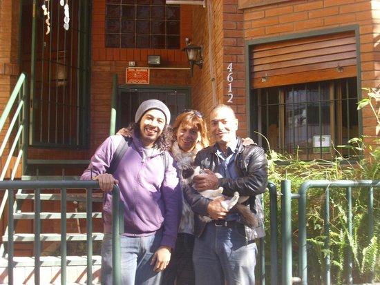 MT SOHO Hostel: Junto a los dueños