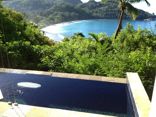 Banyan Tree Seychelles : Vista do Village para o casal