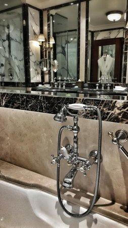 Hotel Grande Bretagne, A Luxury Collection Hotel: Hotel room