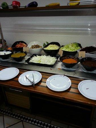 LABRANDA Oasis Mango: same salad just different bowls