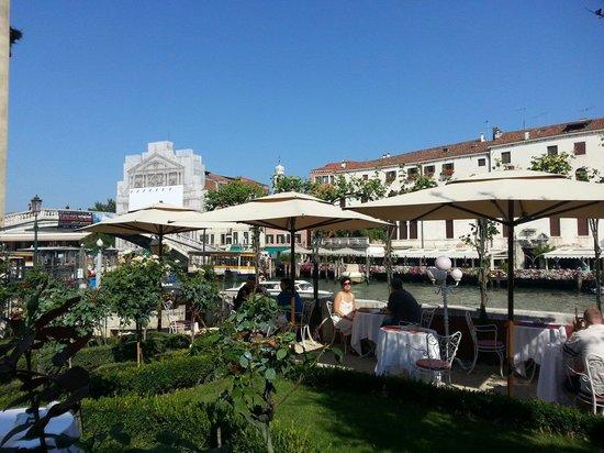 Ca' Nigra Lagoon Resort : Giardino