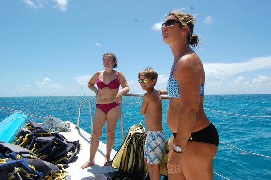 Sebago Key West : Fun times hanging out on the boat