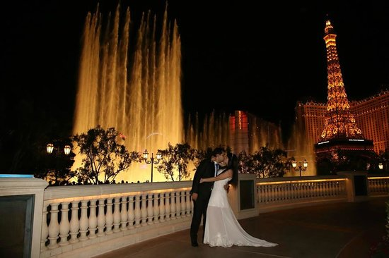 Scenic Las Vegas Weddings Chapel: Las Vegas Strip Photography