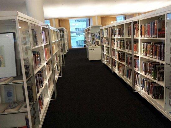 Bibliothèque centrale (Openbare Bibliotheek) : Sala