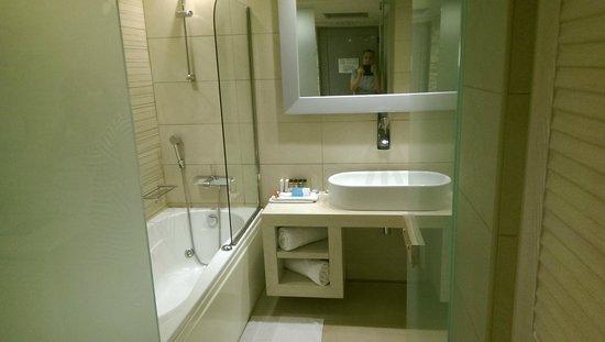 SENTIDO Port Royal Villas & Spa: Room 604 Bathroom