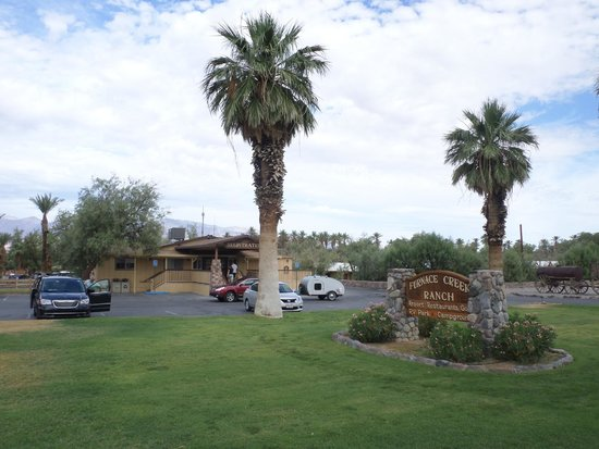The Ranch at Death Valley: Reception Furnace Creek Ranch