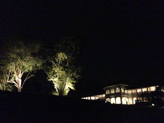 Capella Singapore: night view