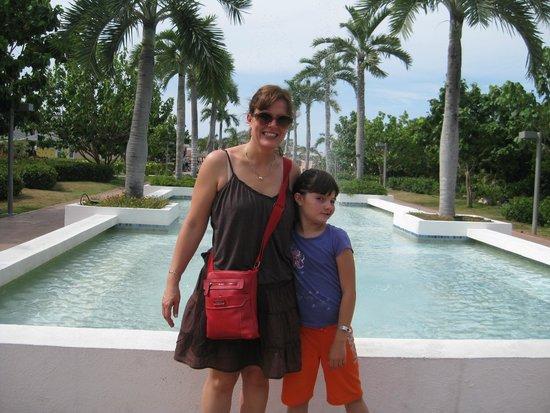 Hotel Playa Cayo Santa Maria: outside of lobby