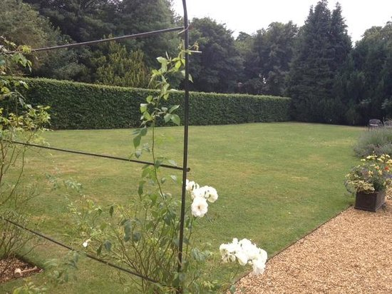 The William Cecil at Stamford: Lawn in the Garden