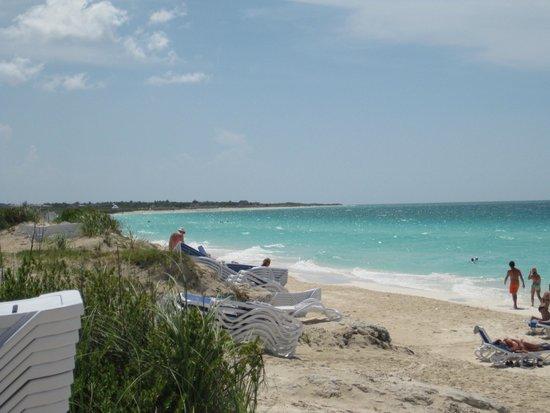 Hotel Playa Cayo Santa Maria: west side of beach