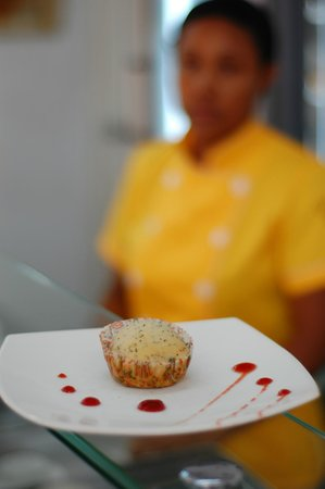 Restaurante Vegetariano Girasoles: Lemon-poppy seed Vegan Muffin