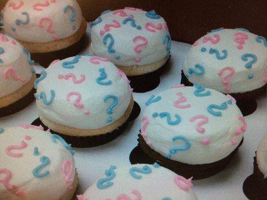 The Latest Crave: Baby shower reveal cupcakes