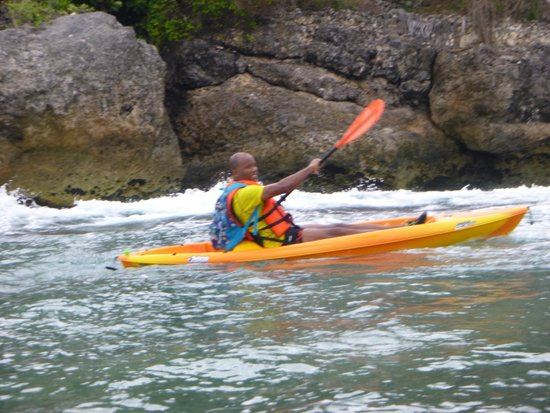 Saint Lucy Parish, Barbados: Kayaking off the North of the island. Rugged and picturesque.