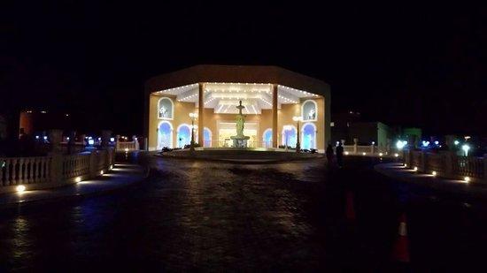 Titanic Beach Spa & Aqua Park: Outside of titanic palace at night