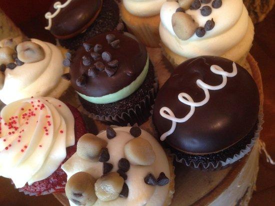 Cake Placid : Gourmet Cupcakes