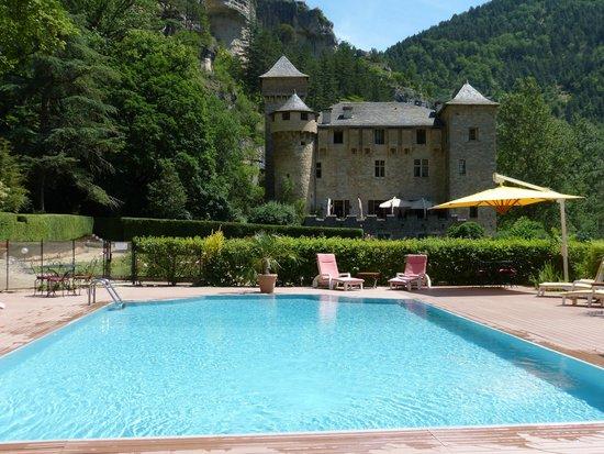 La piscine picture of chateau de la caze sainte enimie for La piscine review
