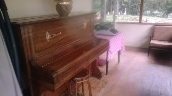 Ratan Tata Officers Holiday Home (RTOHH): the piano and type writer