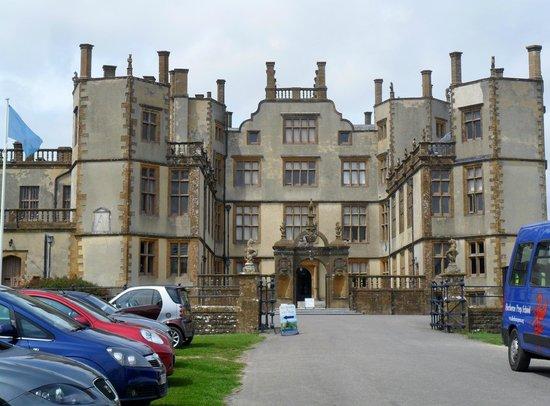 Sherborne Castle : front entrance