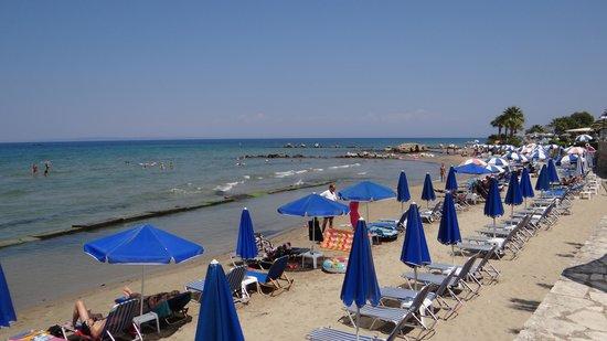 Zakantha Beach Hotel: the beach