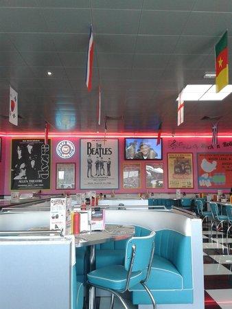 Tommy's Diner Caen: des couleurs vraiment belles