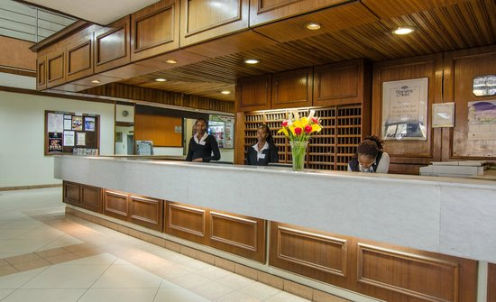 Sentrim 680 Hotel: Reception