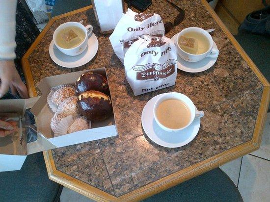 Dimpflmeier Bakery: coffee