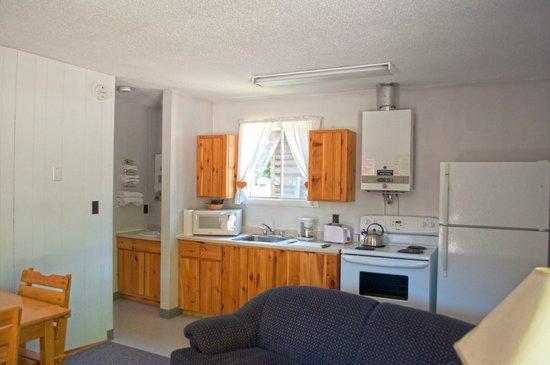 Glenview Cottages: One Bedroom - Kitchen