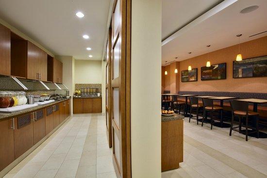 HYATT house Fort Lauderdale Airport & Cruise Port: Breakfast Area
