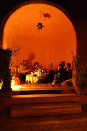 Riad Baoussala : Dinner in the courtyard