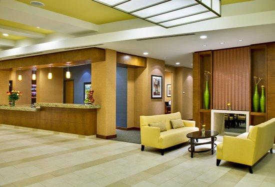 HYATT house Fort Lauderdale Airport & Cruise Port: Lobby
