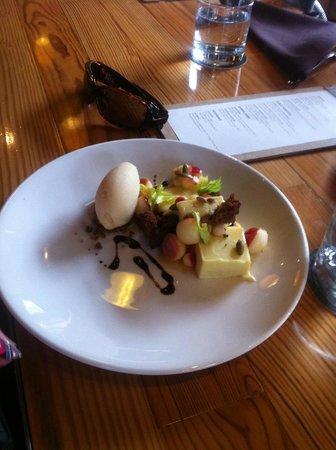 Nostrano Restaurant: Goat's milk cheesecake