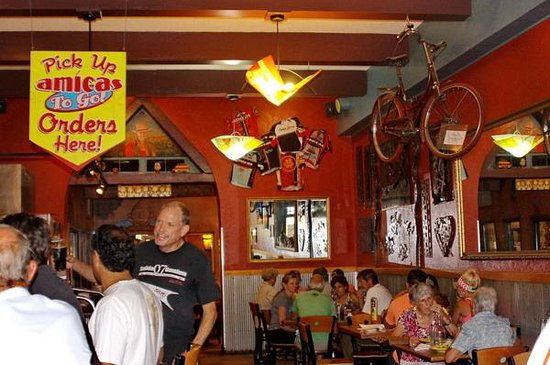 Amicas : Busy lunch hour